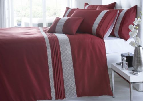 RED COLOUR SHIMMERING DIAMANTE MODERN LUXURY DUVET QUILT COVER SET